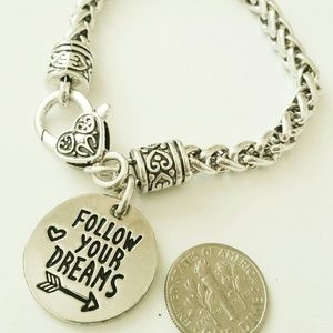 Jewelry - Follow your dream your heart your mind bracelet